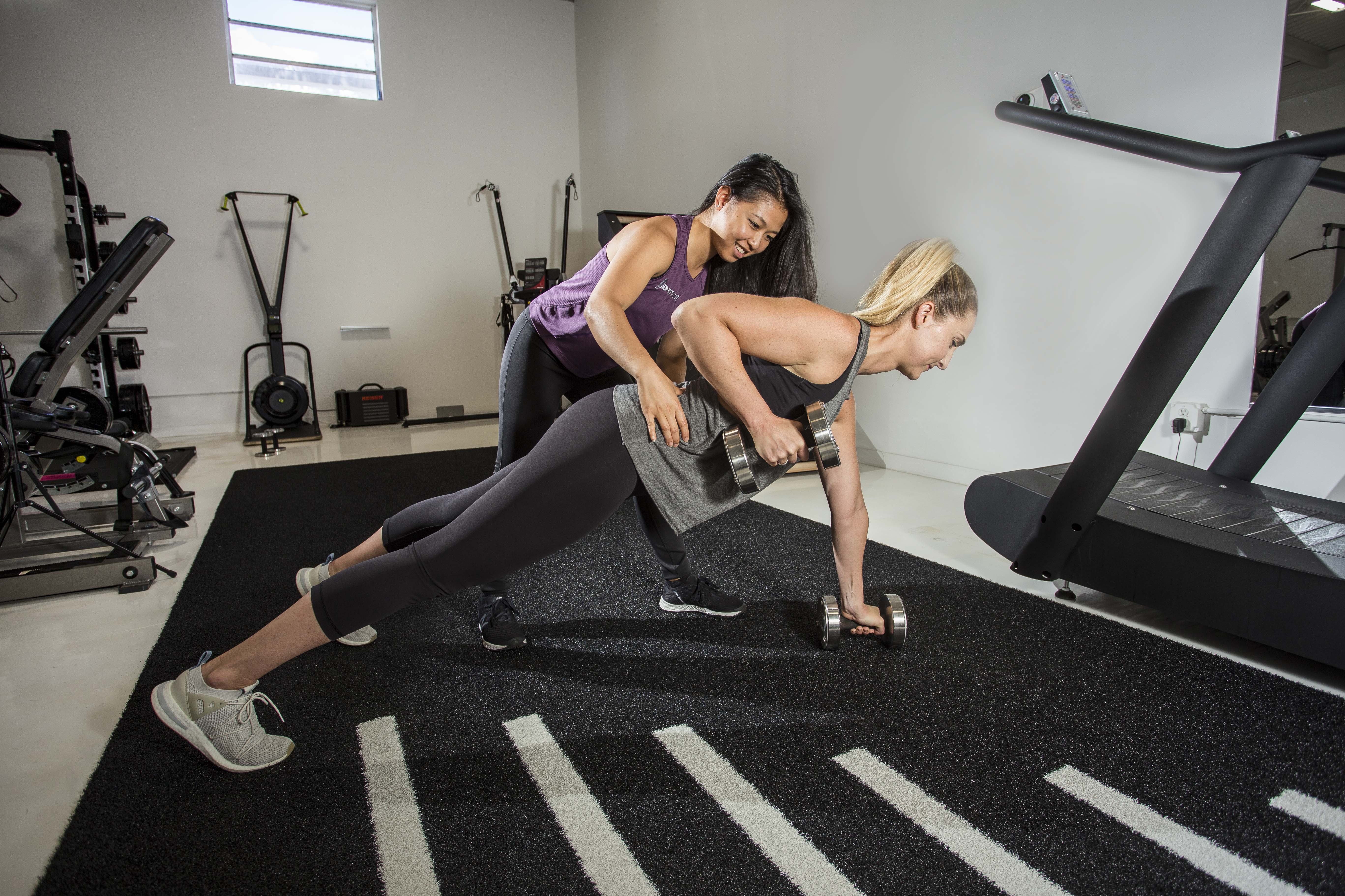 Plank rows drivenfit trainers